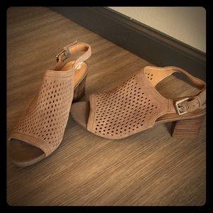 FRANCO SARTO block heels!